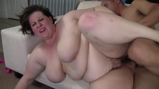 large wife taking it up her ass but does she like it ?
