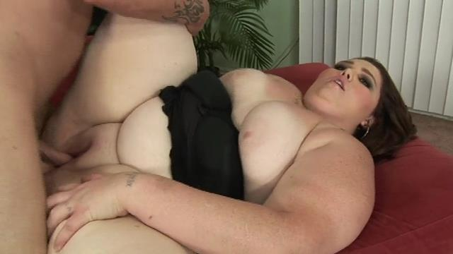 superfat chubby shaved brunette gets laid.